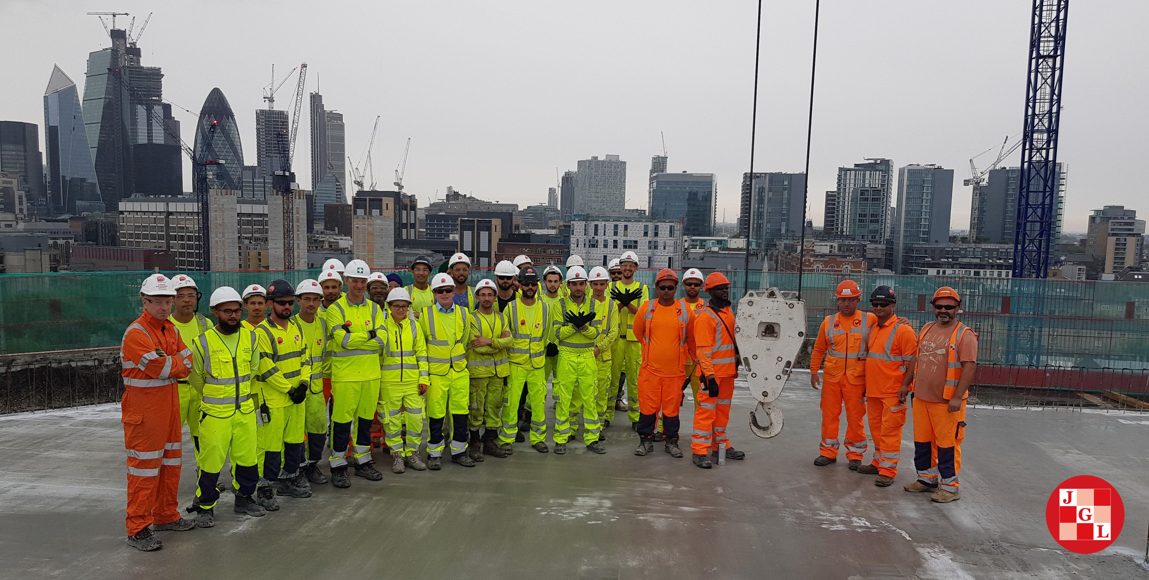 Final pour milestone at London Dock Block D